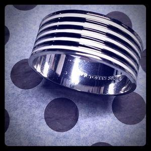 Victoria's Secret bangle bracelet